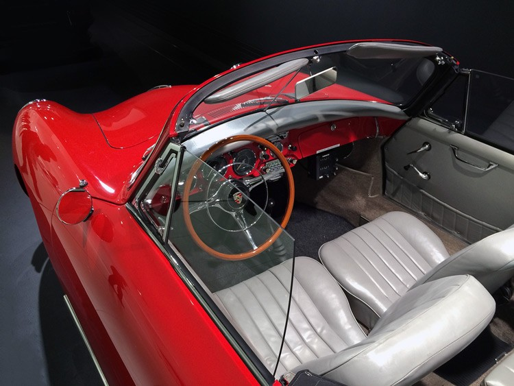 Porsche 356B Carrera 2 Interior